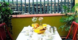 Superior double room with balcony ELE Acueducto Hotel